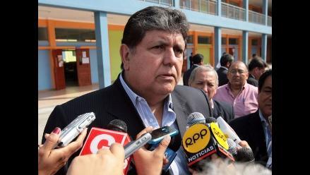 Presidente expresa preocupación por acción policial en la Plaza Mayor