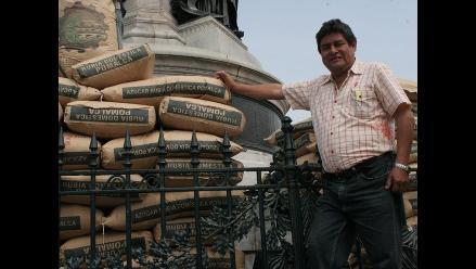 Recomiendan a trabajadores azucareros no vender sus acciones