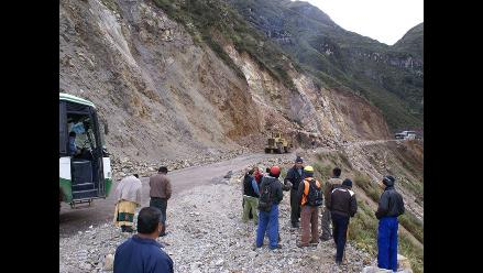 Tránsito vehicular interrumpido en carretera Tarapoto-Yurimaguas