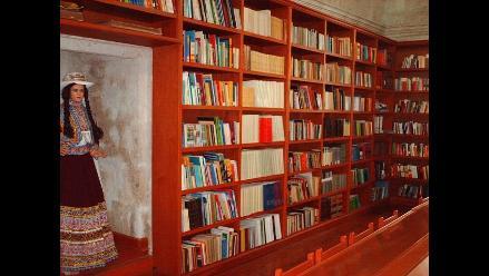 Mario Vargas Llosa inaugurará biblioteca regional de Arequipa