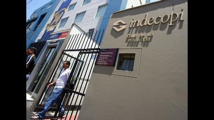 Piden renuncia de jefe de Indecopi por negociados de libros escolares