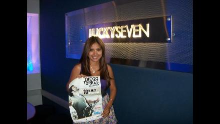 Nicolle Pillman cantó sus temas favoritos de Diego Torres en karaoke