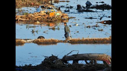 Víctimas por terremoto y tsunami van en aumento en Japón