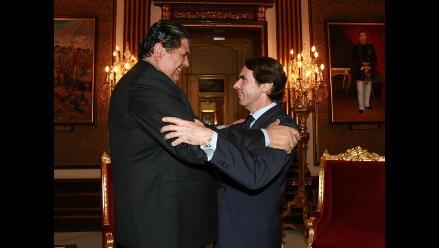 Presidente García recibe en Palacio de Gobierno a José María Aznar