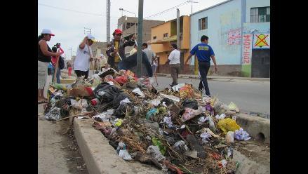 Denuncian que Villa María del Triunfo vuelve a llenarse de basura