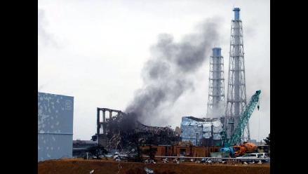 Nivel de radiación no ha subido en Fukushima pese a humo en reactor