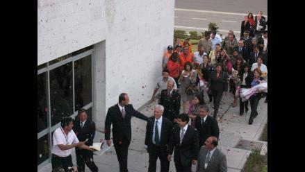 Arequipa: Mario Vargas Llosa se emociona al visitar casa donde nació