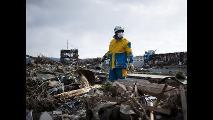 Más de 9.700 muertos tras terremoto en Japón