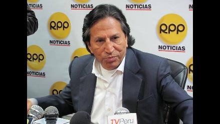 Toledo pide defender y preservar la democracia en el Perú