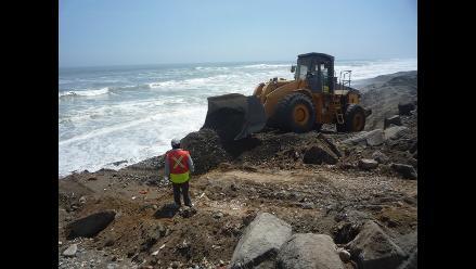 Inician trabajos de protección en balnearios de Trujillo