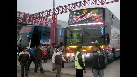 Suben precios de pasajes al interior del país en Yerbateros