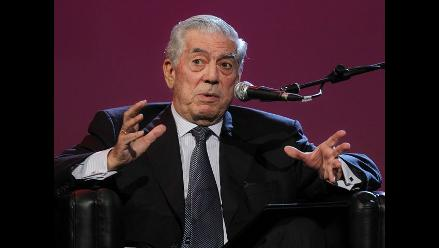 Vargas Llosa dice que seguirá criticando aunque a algunos los ofenda