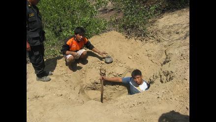 Lambayeque: Detienen a dos profanadores de tumbas en distrito de Pacora