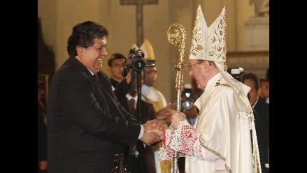 Presidente Alan García asistió a misa del Domingo de Resurrección
