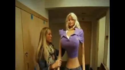 Una barbie de tamaño real para luchar contra la anorexia