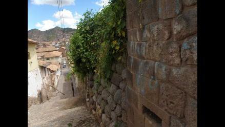Iniciarán limpieza de muros incas pintados en Cusco