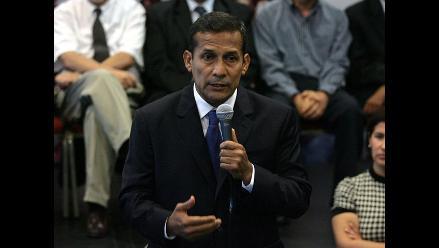 Gutiérrez asegura que vio llegar funcionarios venezolanos con maletas