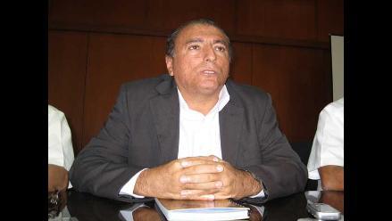 Rector de Universidad de Piura califica de ´ilegal´ huelga administrativa