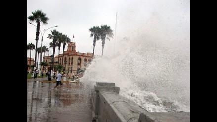La Marina advierte oleajes anómalos en la costa de Lima