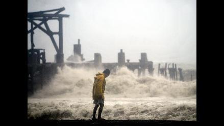 Filipinas: Nueve muertos y miles de danmificados dejpo tormenta tropical