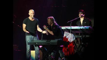 Noel Schajris agradece a Gian Marco por darle sorpresa en su concierto