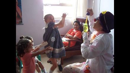 Conozca la labor que realiza la Asociación Bola Roja en el Perú 643c43c453ca5