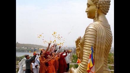 Budistas celebran en la India los 2.600 años de la iluminación de Buda
