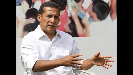 Humala afirma que él habla con polo rojiblanco