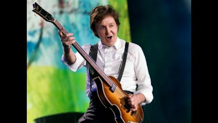 Incondicionales de Paul McCartney acampan antes de su concierto en Río