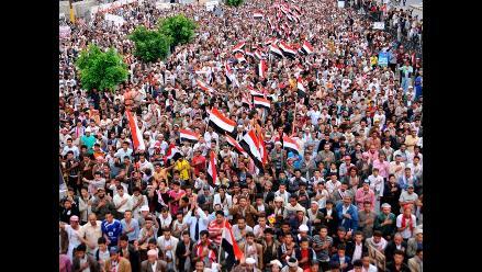 Unos 9 muertos y 30 heridos en choques entre tribu yemení y policías