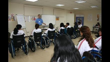 500 personas con discapacidad y en situación de pobreza recibirán sillas de ruedas