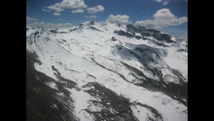 Nevados de Arequipa recuperan su glaciar por intenso frío