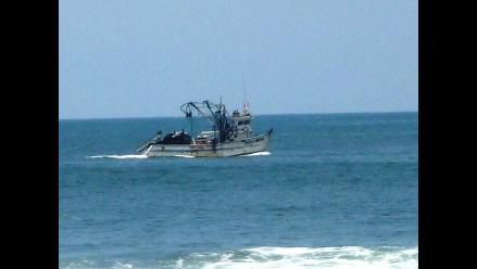 Ancash: Pescadores fondean sus embarcaciones para votar el domingo