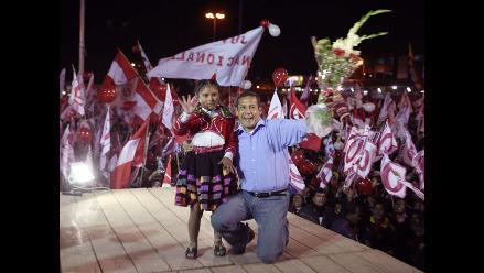 Partidarios de Gana Perú expresan algarabía en las calles de Piura