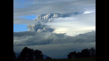 Nube volcánica abandona Bariloche y llega a otras ciudades patagónicas