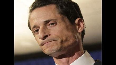 Congresista Weiner se mantiene en su cargo pese a presiones para que dimita