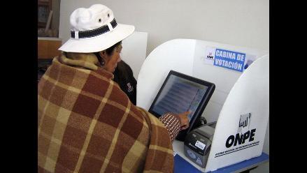 ONPE: Voto electrónico presencial arrojó resultados en 20 minutos