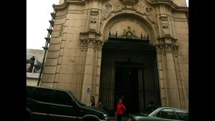 Walter Gutiérrez ha mostrado credenciales democráticas, afirman