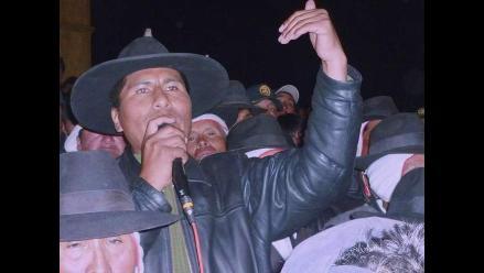 Puno: 3 mil pobladores atentos a posible detención de Walter Aduviri