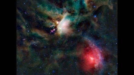 NASA descubre que agujeros negros eran comunes en universo temprano