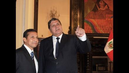 Ollanta Humala es recibido por Alan García en Palacio de Gobierno