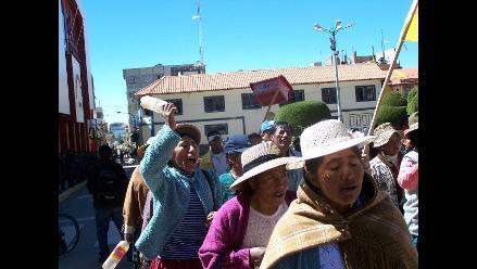 Experto explica crisis sin resolver en Puno