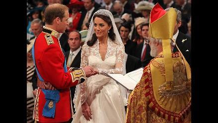 Más de 1 millón de libras a beneficencia gracias a regalos de boda real