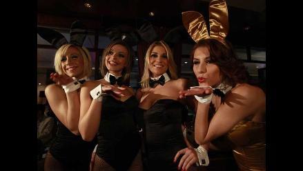 Conejitas de Playboy causaron alboroto en su llegada a Lima