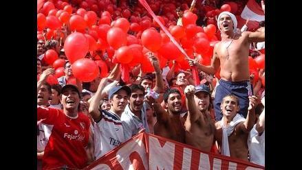 Violencia y caos tras descenso de River Plate a la B Nacional