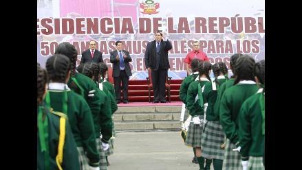Piura: Juramentan fiscales escolares en Catacaos