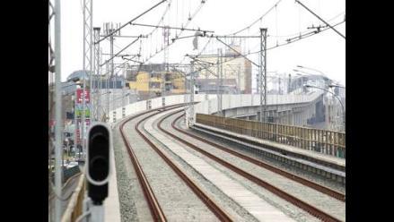 CAF presta US$ 300 millones para financiar tren electrico