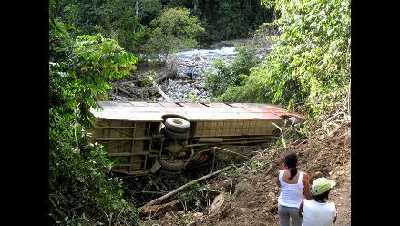 La Libertad: Volcadura de camión cisterna deja tres muertos en Ascope