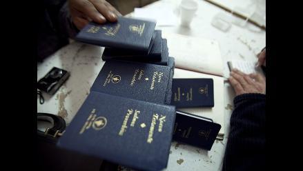 EE.UU.: Quema con un encendedor a su hijo por tocar la Biblia