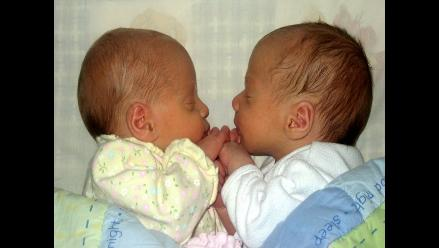 Gemelos nacen con dos días de diferencia y en distintos lugares